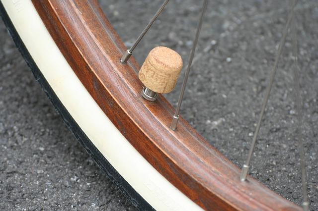 Read more about the article Les differents types de pneus pour les velos de sport